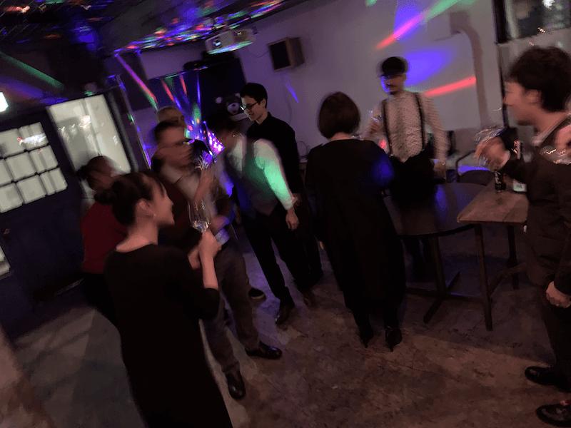 ちょっと浮かれたパーティー
